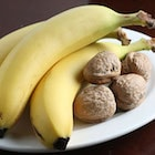 banana and walnut low calorie snack