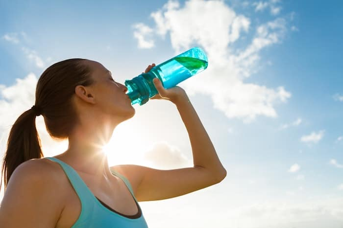 curb sugar cravings with water